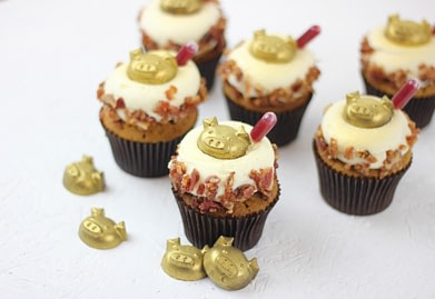 Pigs in Blankets cupcake with foodsafe pipettes